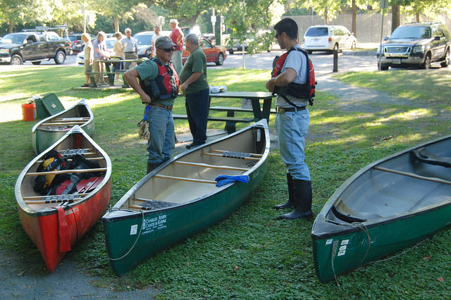Hyde Park Clean up canoe 3