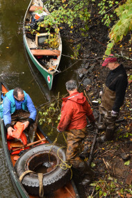 HP river cleanup 2015 - canoe w trash - for web